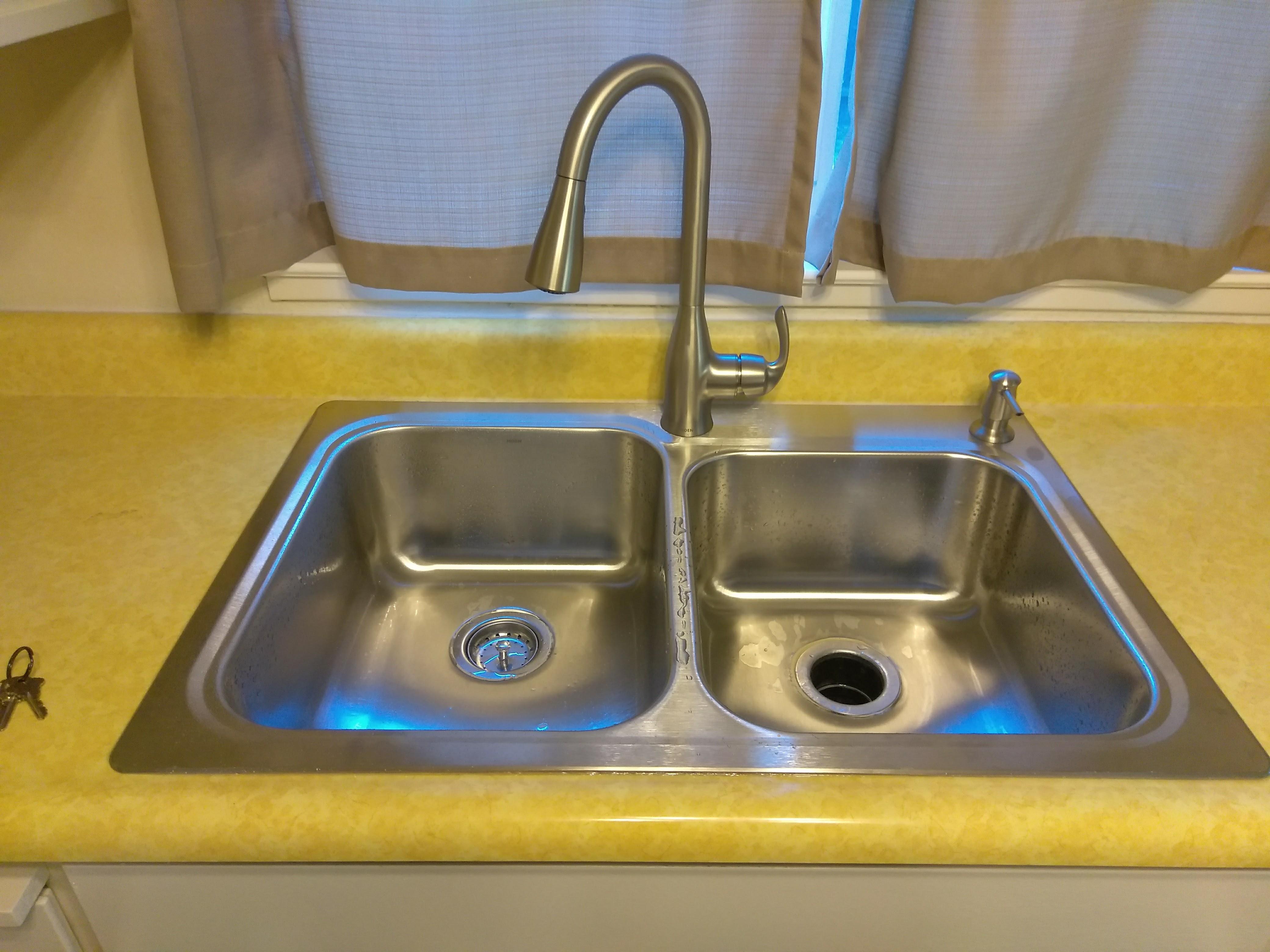 Modesto sink install